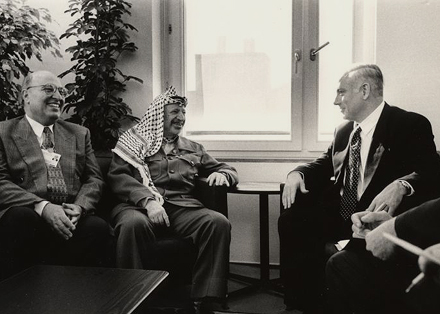 Netanyahu Arafat World Economic Forum in Davos '97