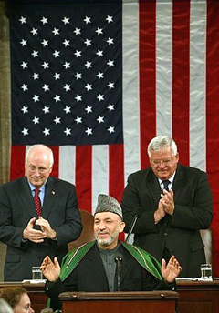 Hamid Karzai im US-Kongress 2004